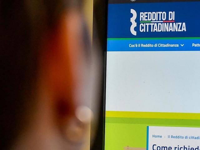 Reddito di cittadinanza: la misura si è incagliata, le politiche attive non partono