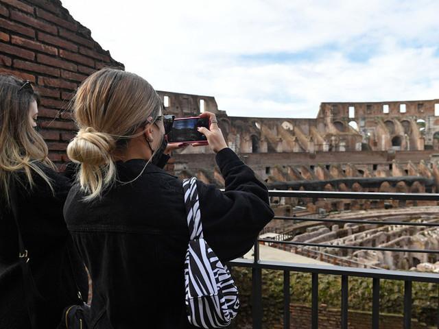 Senza i turisti stranieri in Italia nel 2020 bruciati 27 miliardi