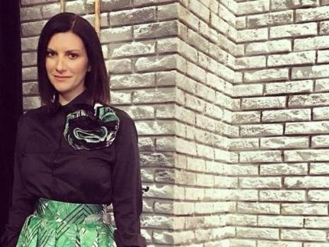Laura Pausini non sarà al Festival di Sanremo 2018 il 6 febbraio: annunciata la nuova data