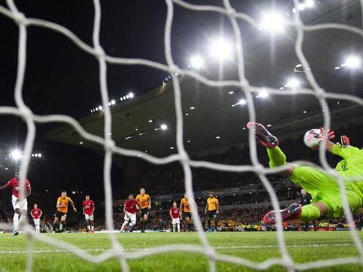 Pogba sbaglia un rigore insulti razzisti in rete lo United: «Disgustati»