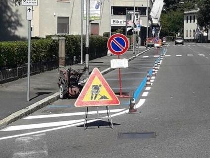 Varese invasa dalle strisce blu: «Multe? Pronti a non pagarle»