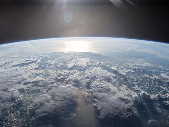 Sensori spaziali e laser in orbita: ecco la nuova strategia anti-missili Usa