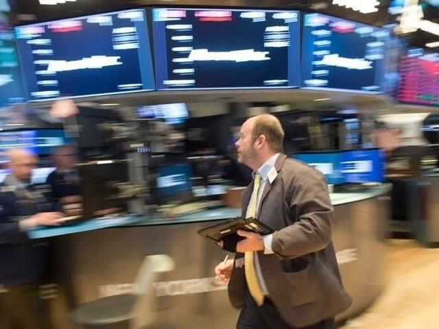 BORSE & MERCATI/ Le incognite che consigliano l'uscita dall'azionario