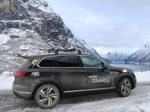 Viaggi in auto - Alla scoperta della Norvegia con una Volkswagen Touareg