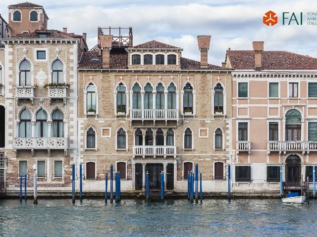 Venezia dopo l'acqua alta record: «Capire, per il futuro»