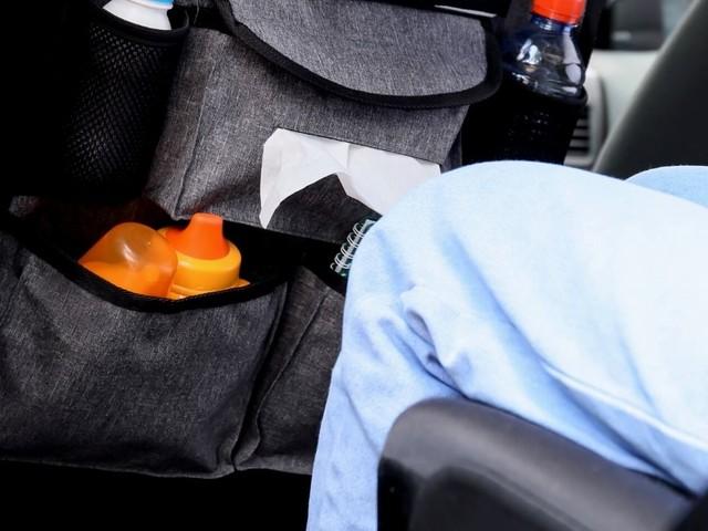 Portaoggetti per auto con tavolino, ideale per lunghi viaggi