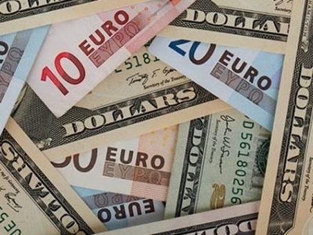 Forex, l'euro buca al ribasso quota 1,17 dollari