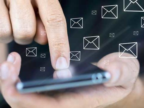 Google sta testando gli SMS certificati per combattere lo spam