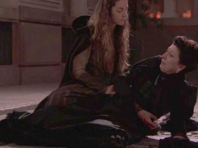 Una Vita trame spagnole: il segreto di Victor e Simon, Olga uccide Ursula?