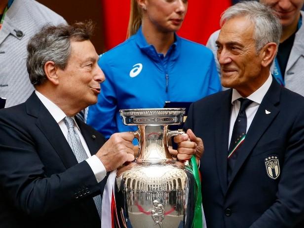"""Italia, Draghi agli Azzurri: """"Siete nella storia, ci avete reso orgogliosi"""""""