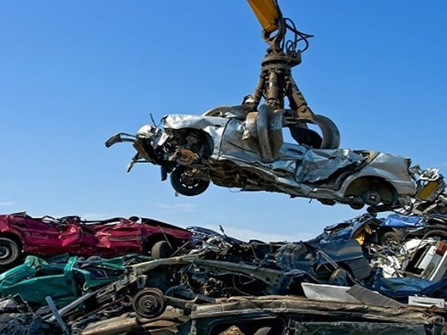 Rottamazione auto, si raddoppia: nuovo bando da mezzo milione di euro della Regione Veneto