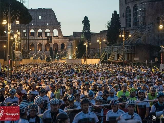 Granfondo Campagnolo Roma: questo week-end torna la famosa competizione di ciclismo di massa