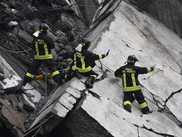 Ponte Morandi, famiglie vittime: Aspi ancora al timone, continua a lucrare