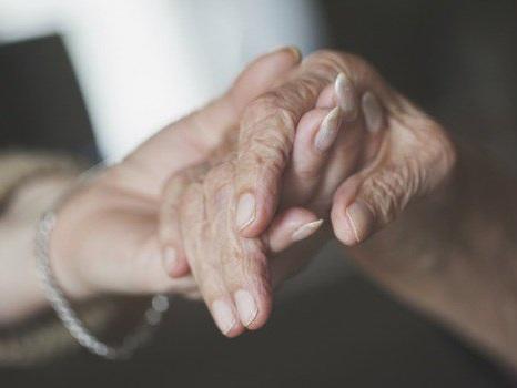 """Anziani, a Trapani rinnovata la convenzione con la società """"Salus"""""""