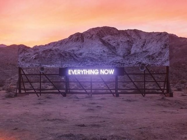 "Arcade Fire - la recensione di ""Everything now"""