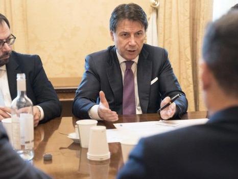 """Governo, Conte: """"Manovra complicata, Quota 100 rimane"""""""