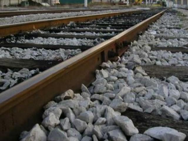 Due anziani travolti e uccisi da un treno nel Milanese