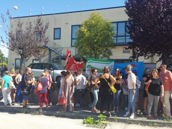 Maran, prosegue mobilitazione ma parlano i lavoratori che non scioperano