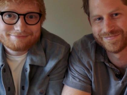 Cosa ci fanno Ed Sheeran e il Principe Harry insieme in questo video?