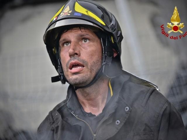 Paura a Palermo: esplodono 7 bombole in un capannone