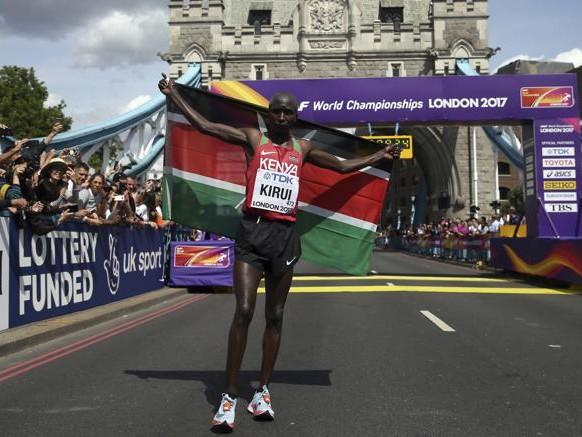 La maratona parla keniano, ma Meucci c'è
