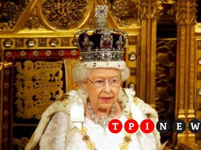 """Brexit, il discorso della regina Elisabetta: """"Priorità assicurare l'uscita il 31 ottobre"""""""