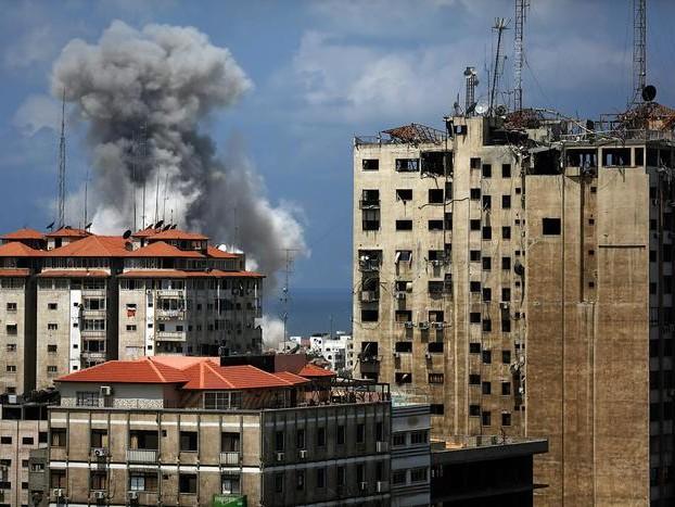 Raid aerei di Israele su Gaza