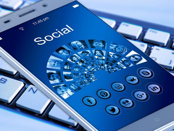 Offerte ricaricabili e abbonamento con smartphone o tablet incluso Vodafone, Wind e Tim gennaio 2017