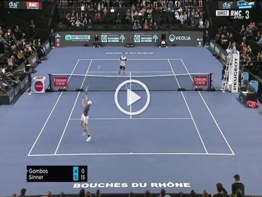 Tennis, il gioco di prestigio di Sinner: così l'azzurro si difende sullo smash