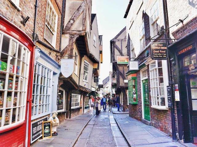 Viaggio nello Yorkshire: tra antichi villaggi e cibo gourmet