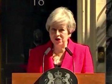 """Brexit, Theresa May in lacrime annuncia le dimissioni: """"Ho avuto opportunità di servire il Paese che amo"""""""