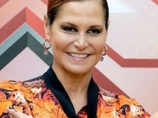 """Gossip, Simona Ventura ammette i ritocchini: """"Potevo farne a meno, adesso basta"""""""