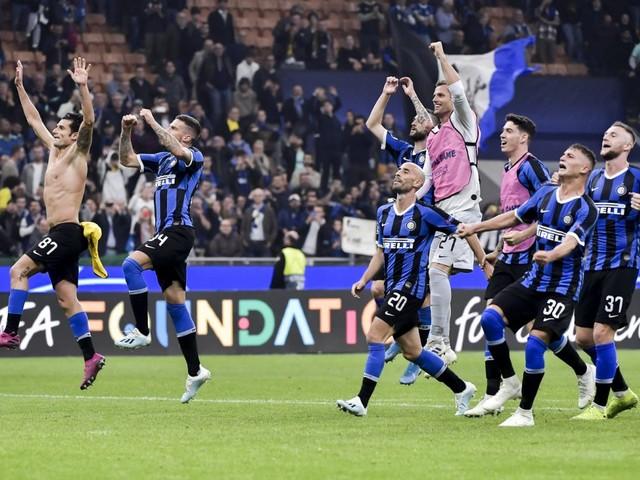 Champions League calcio 2019-2020: vittorie di Inter e Napoli, battute Borussia Dortmund e Salisburgo. Ottavi più vicini