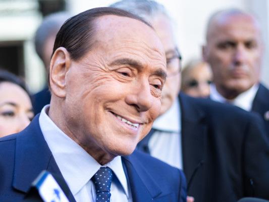 Berlusconi vuole un'alleanza tra popolari e sovranisti in Europa