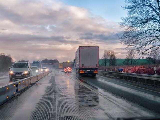Meteo e traffico in autostrada: incidenti in A22, A1 e A30