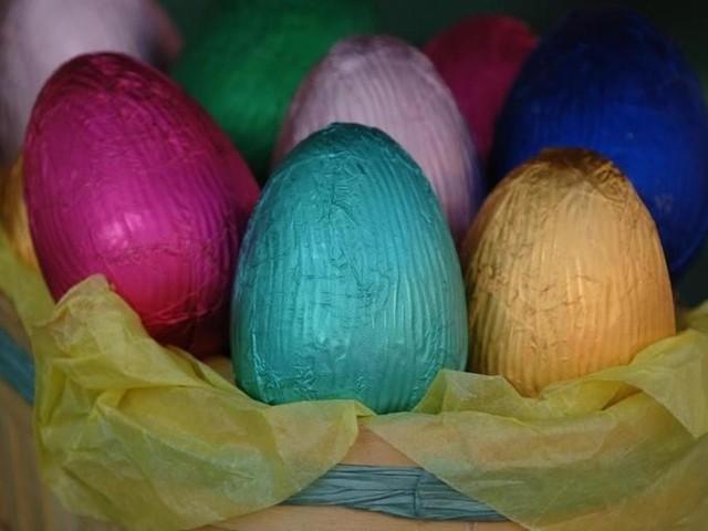 Nardella manda i vigili ma la cioccolateria può restare aperta e vendere uova di Pasqua