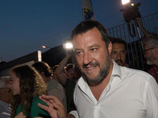 """Salvini diserta il vertice europeo sui migranti: """"No alle imposizioni dell'asse franco-tedesco"""""""