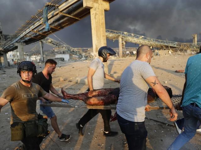 Libano, l'inferno di Beirut. Un incendio o un attentato?