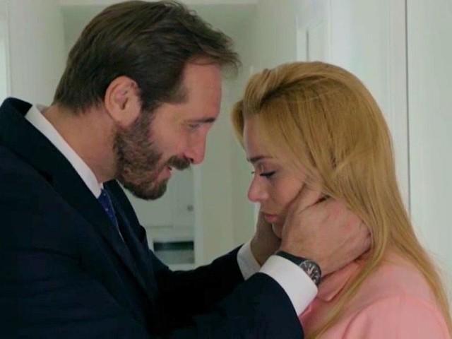 Upas, anticipazioni al 22 novembre: Alberto spinge Clara verso il suo amico Cipriani
