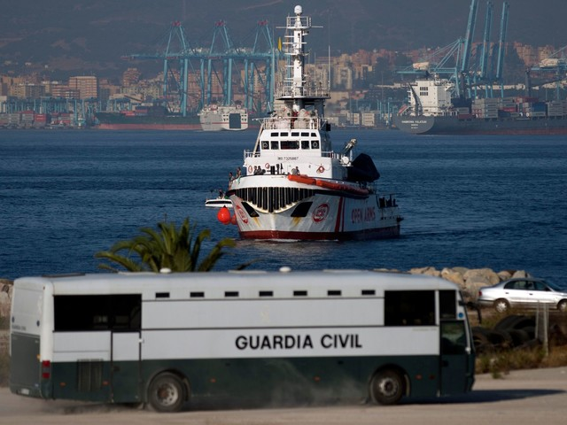 "Madrid inchioda Open Arms ""L'ong ha rifiutato pure Malta"""