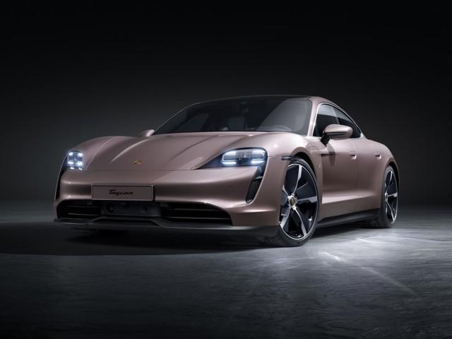 Porsche Taycan, il modello entry level è a trazione posteriore