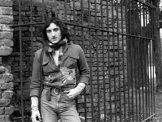 Claudio Rocchi, testimone del suo tempo, in dieci canzoni
