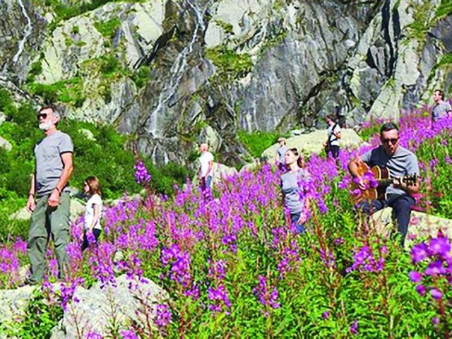 Rocce Rosse, mix di folk e rock per rivisitare i canti di montagna