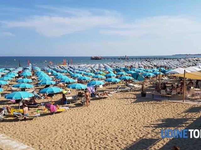 Malore fatale in riva al mare, nuovo decesso a Lignano