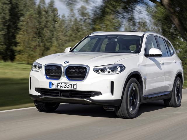 BMW iX3, la trazione elettrica sulla gamma Suv