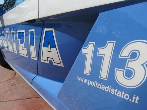 Inseguimento da film sulla Tiburtina: la Polizia di Stato blocca la coppia in fuga.