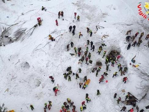 Un anno fa, Rigopiano Morirono 29 persone, intrappolate nell'hotel travolto dalla slavina