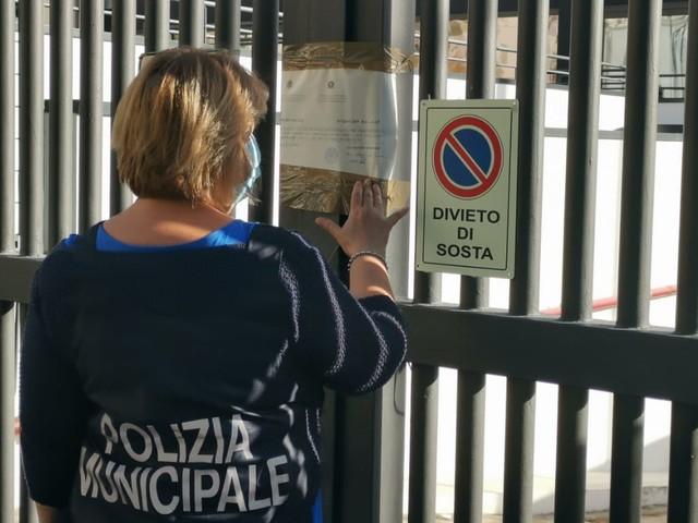 Abusivismo edilizio, sequestrata dalla polizia municipale la palestra Virgin a Palermo (FOTO)