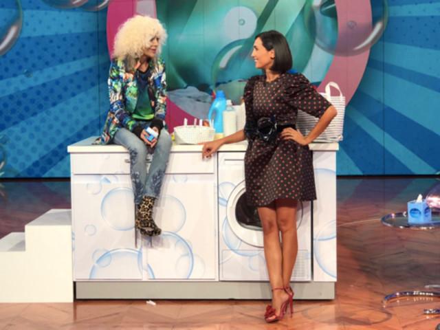 """Donatella Rettore a """"Vieni da me"""", appello in diretta della Milani: «Un duetto per far pace!»"""