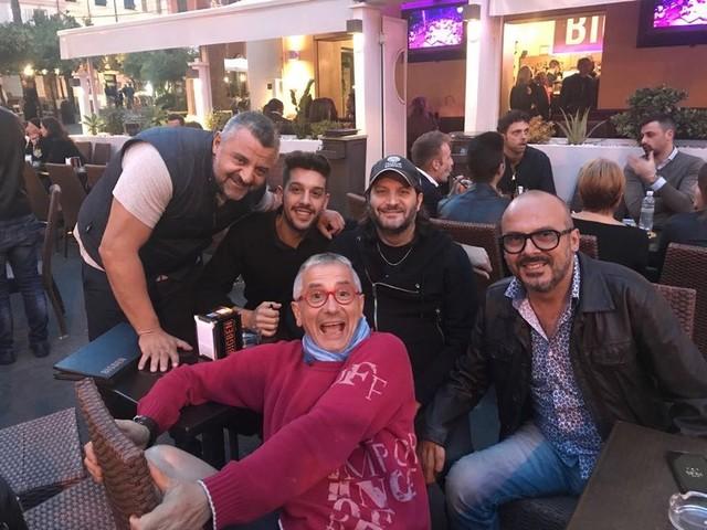 """Sanremo: il Big Ben e il 21 salutano la bella stagione con """"…e l'estate sta finendo"""", giovedì grande serata in piazza Bresca (Video)"""